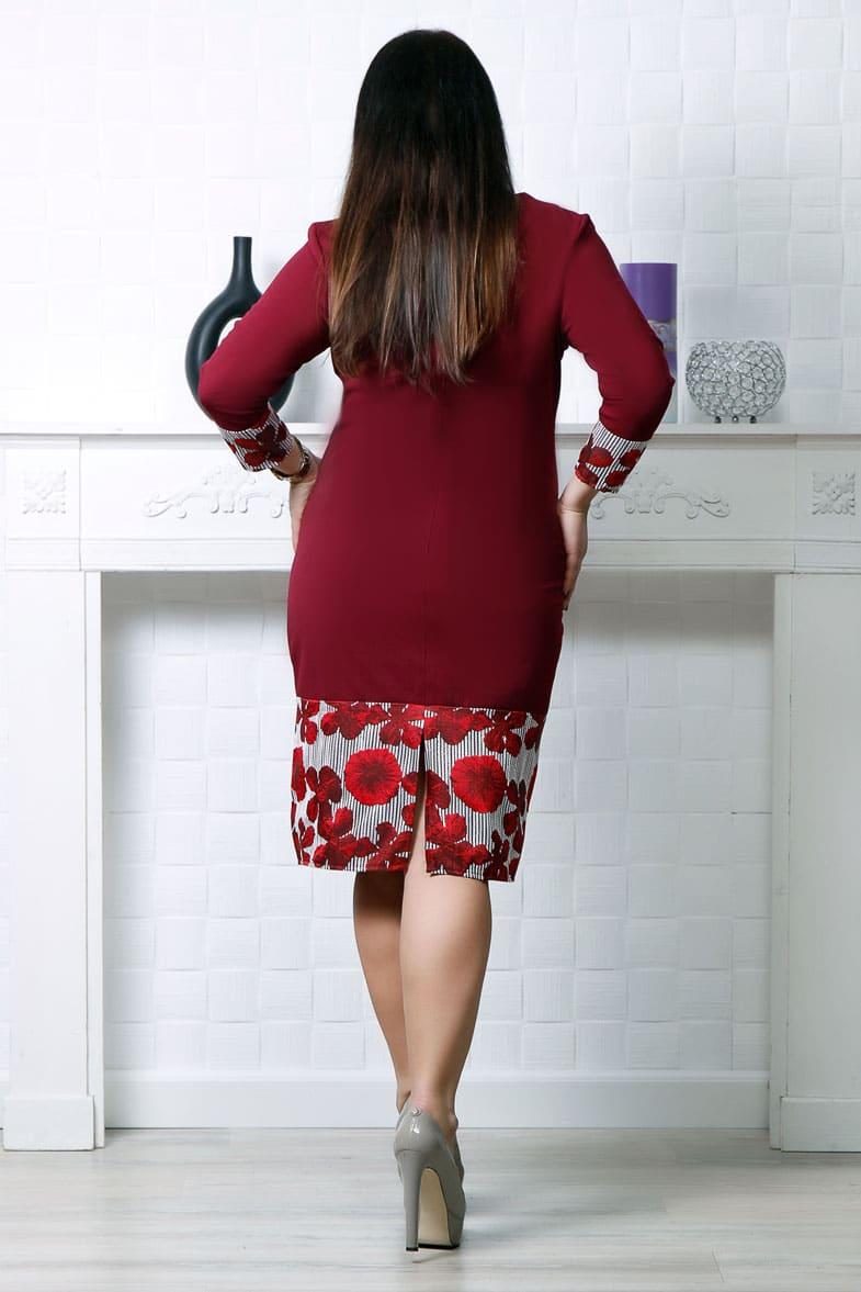 Rochie midi dreapta cu accente florale